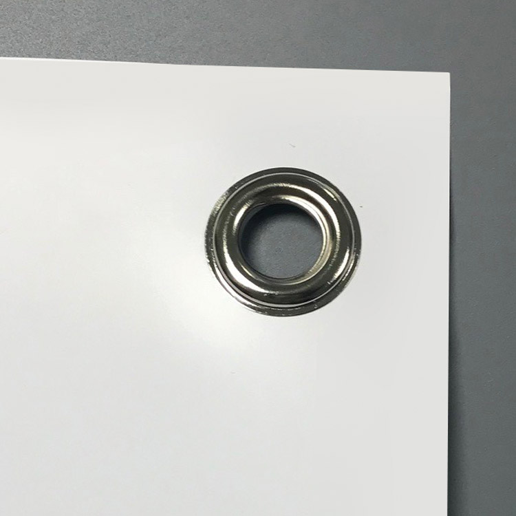 Visuel X banner avec oeillets